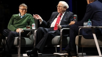 Warren Buffett Says This One Simple Habit Separates Really Successful People From Others