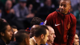 Isaiah Thomas Received A Deafening Standing Ovation In His Return To Boston And He Didn't Even Play