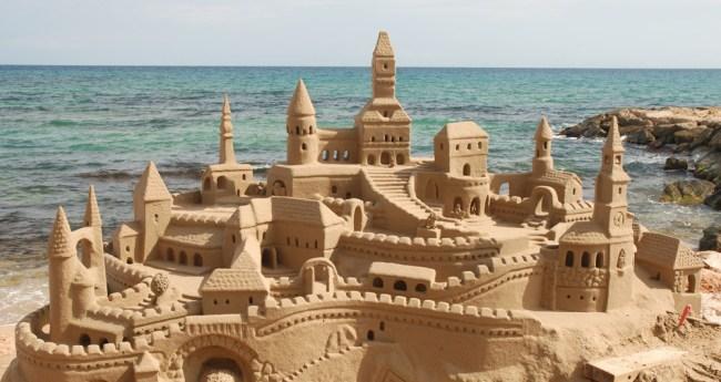 King Marcio Living Sand Castle Brazil