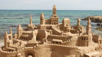 This Guy Who's Been Living In A Sand Castle For The Past 22 Years Is The Hero We Need Right Now