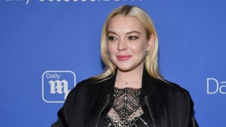 Lindsay Lohan Keeps Tweeting About Wanting To Star In The Batgirl Movie, Reactions Are… Not Great