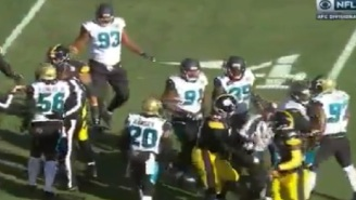 Steelers' Maurkice Pouncey Shoves Ref During Playoff Game Vs. Jags, Doesn't Get Ejected Or Penalized