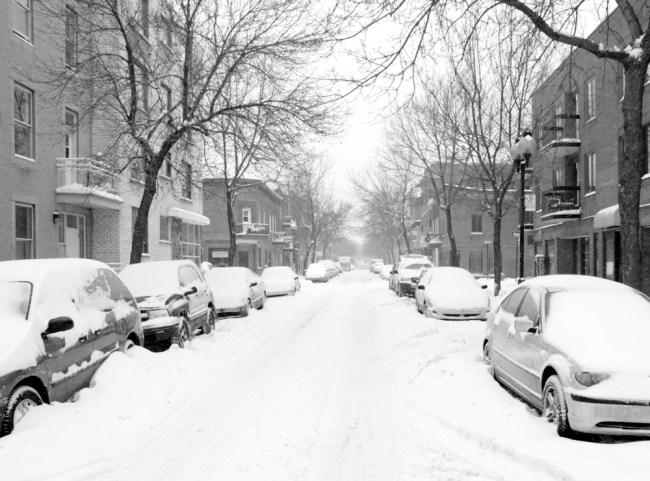 car snow montreal