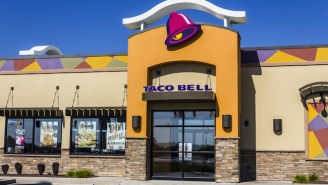 Georgia Tech Students Pay Respects To Closing Student Center Taco Bell With Touching Farewell Tribute
