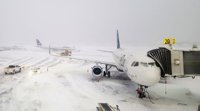 Thousands Bags Luggage JFK Bomb Cyclone