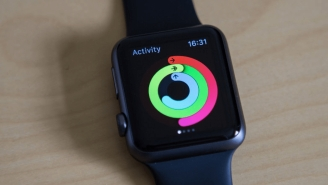 Apple Sold More Watches Than Every Swiss Watchmaker COMBINED Last Quarter