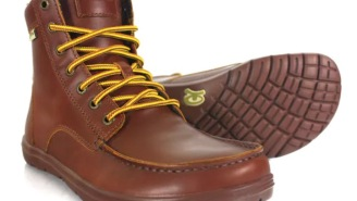 Russet Leather Boulder Boot Is The Best Travel Boot You'll Find