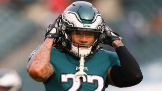 Eagles Fans Tracked Down Sidney Jones' Phone After He Lost It At The Super Bowl Parade