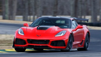 Driver's POV Footage Of 2019 Chevy Corvette ZR1 Maxing Out At 212 MPH On Top Speed Test