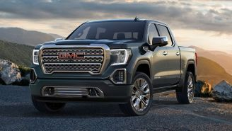 2019 GMC Sierra Has A Tricked-Out Tailgate, Is The First Pickup With A Carbon Fiber Bed