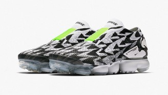ACRONYM x Nike Air VaporMax Is John Mayer's Preferred Sneaker For Playing Guitar During A Desert Duel