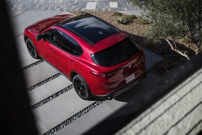 Alfa Romeo Nero Edizione Stelvio