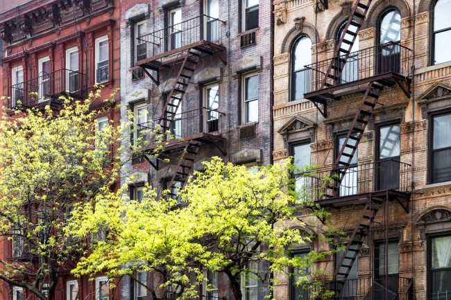 apartment costs major cities