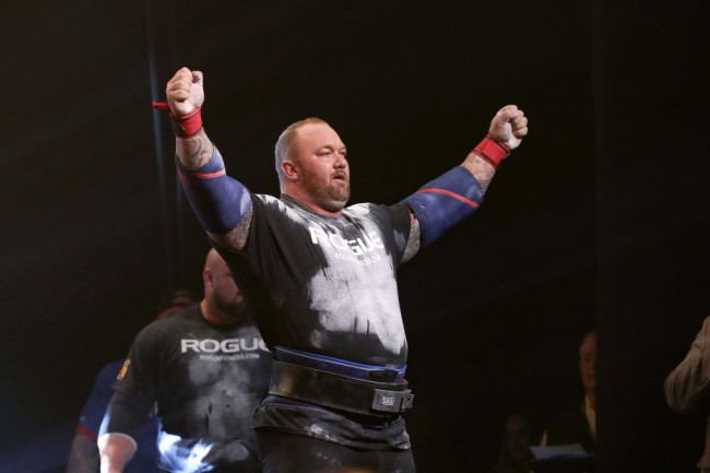 COLUMBUS, OH - MARCH 03: Hafthor Bjornsson (Iceland) salutes the crowd after winning the Arnold Strongman Classic as part of the Arnold Sports Festival on March 3, 2018, at the Greater Columbus Convention Center in Columbus, OH.