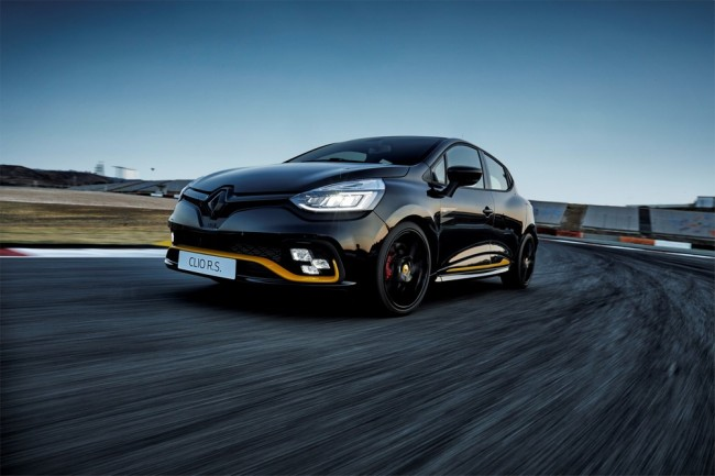 Renault Limited-Edition FormulaOne Clio RS18