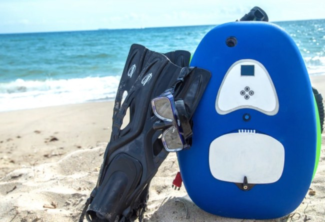 The Nomad blU3 diving system