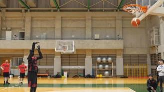 Toyota's Perfect Basketball Robot Will School You In A Free-Throw Shooting Contest