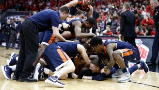 UVA STUNNED Louisville On A Buzzer-Beater After Being Down Four Points With Under One Second To Play
