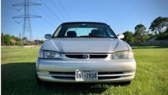 This Dude's Craigslist Ad For His Old Toyota Corolla Is Going Viral Because It's Absolutely Hilarious