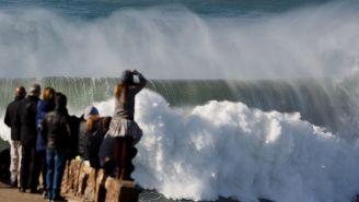 Brazilian Surfer Rodrigo Koxa Sets New Official World Record For Largest Wave Ever Surfed