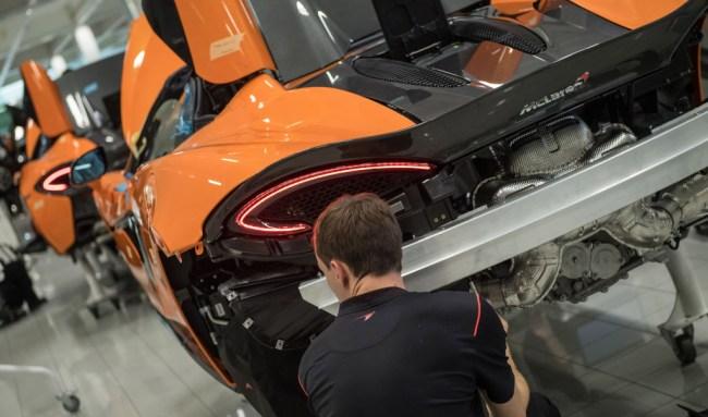 How McLaren uses virtual reality design cars