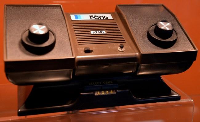 Nolan Bushnell Chuck E Cheeses Atari Pong