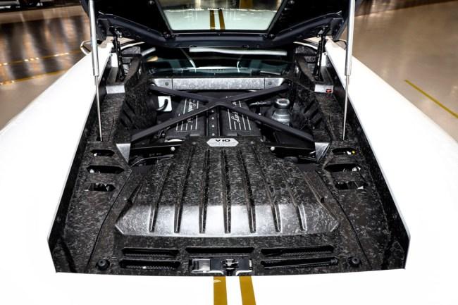 Pope Francis Auctioning Custom Lamborghini Huracan