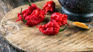 Man Suffers Thunderclap Headaches, Rushed To Emergency Room After Eating World's Hottest Pepper