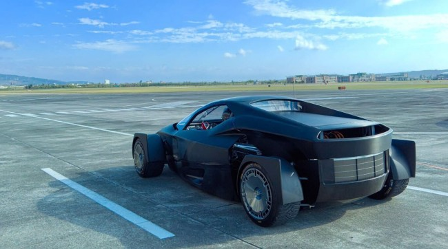 XING Mobility MISS Off Road Supercar