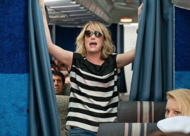 bridesmaids_airplane