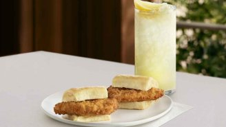 Chick-Fil-A Unveils Peach Arnold Palmer, New Chicken Sliders – Might Offer All-Day Breakfast Soon