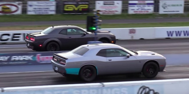 dodge demon vs hellcat drag race