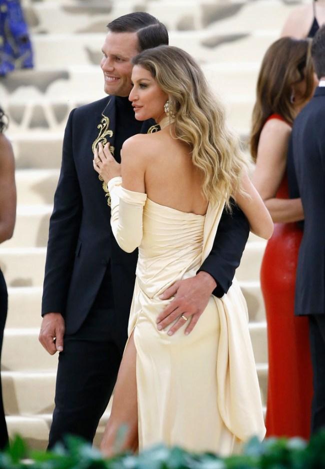 Drew Bledsoe Mocks Tom Bradys Met Gala Outfit