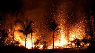 Footage Of The Volcanic Lava Erupting In Hawaii Will Blow Your Damn Mind