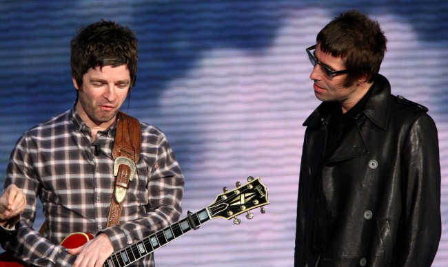Noel Gallagher Liam Moving Furniture Ghosts