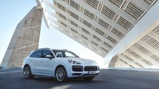 2019 Porsche Cayenne E-Hybrid Is Faster And More Powerful, Packs 455 Horsepower And Tons Of Tech