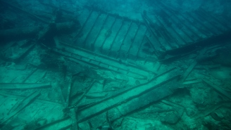 Scientists Have Discovered A Shipwreck Containing $17 BILLION Worth Of Treasure