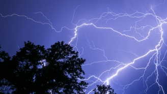 Here's What Actually Happens To Your Body If You Get Struck By Lightning