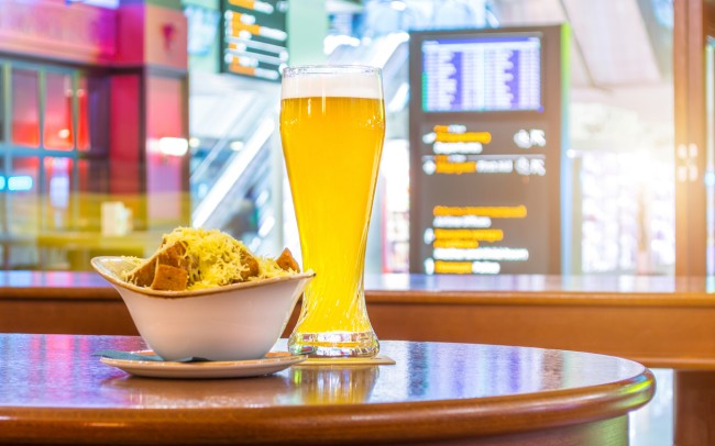 food beer airport bar