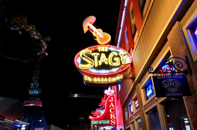 Nashville Bars Clubs