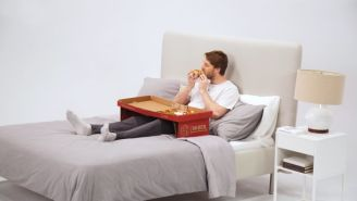 Pizza Box That Transforms Into A Table So You Can Eat Pizza In Bed Is One Of Humanity's Greatest Triumphs