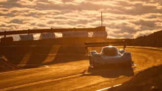 Check Out Volkswagen's Futuristic Supercar Obliterating The Pikes Peak Hill Climb Speed Record