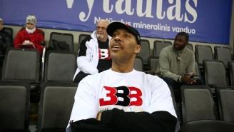 JBA Coach Shoves Own Player During Timeout, Calls Him A 'B*tch'