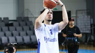 The Internet Reacts To LiAngelo Ball's Embarrassing Stat Line In JBA Game