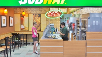 Subway Worker Ruins Fraudulent 'Vegan' Customer's Day When She Calls Her Out For Her B.S.