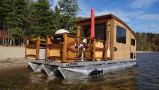 Daigno's Le Koroc Solar-Powered Tiny Houseboat Is Perfect For Getting Off The Grid And Fishing