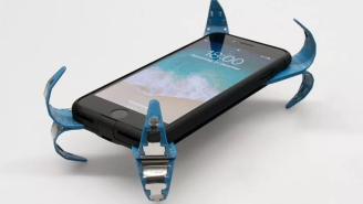College Student Invents 'Mobile Airbag' Case That Protects Your Phone Screen From Cracking