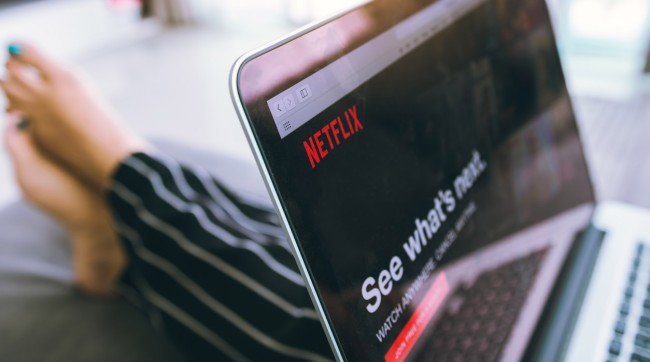 Netflix Smart Downloads Deleting User Reviews