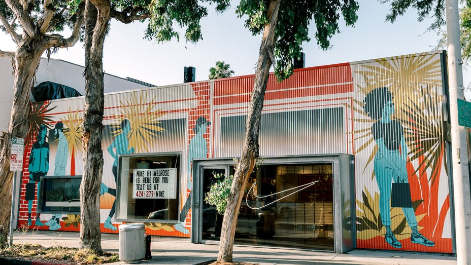 pétalo congelador Aniquilar  Nike Opens First High-Tech Concept Store In LA That Is Unlike Any Other And  More Are To Come – BroBible