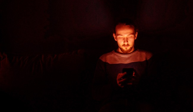 Americans Half Waking Hours Looking At Screen